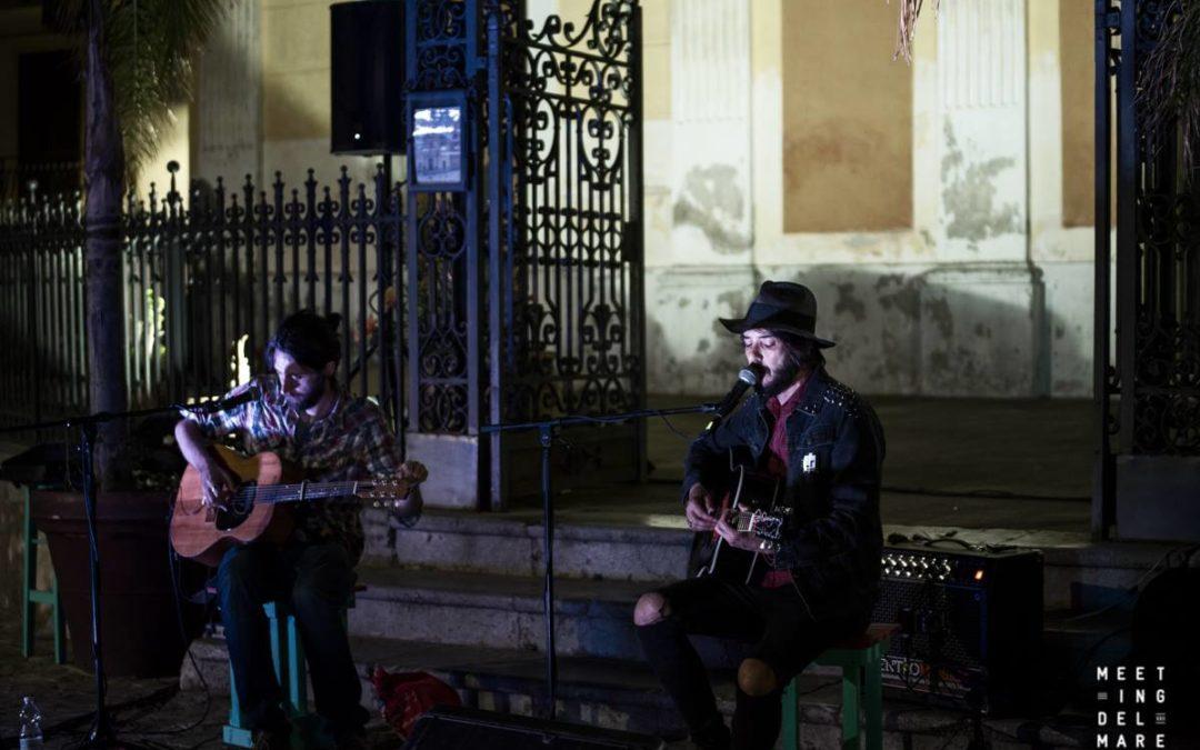 Secret concert di Daniele Celona con Gnut al Meeting del Mare